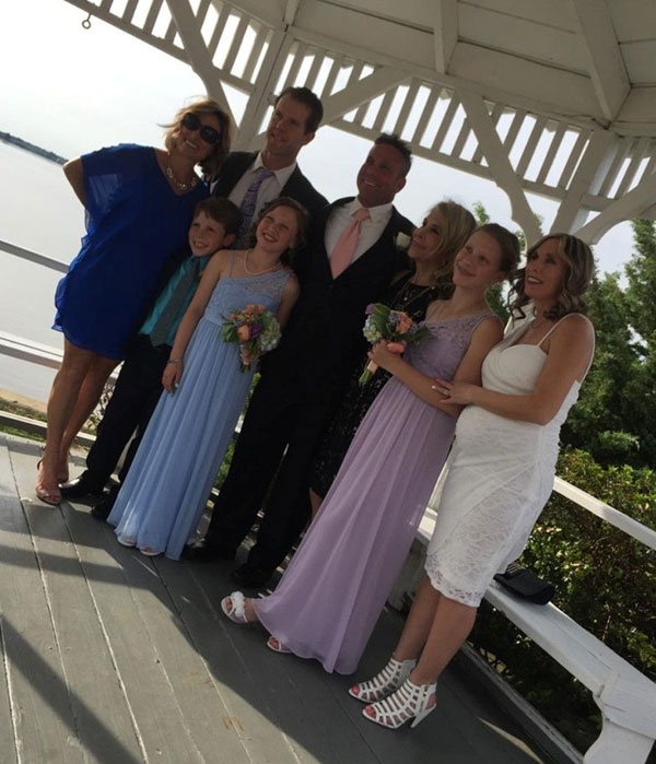 Gaynor wedding group